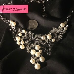 """17"""" Zap Pearl Necklace"""